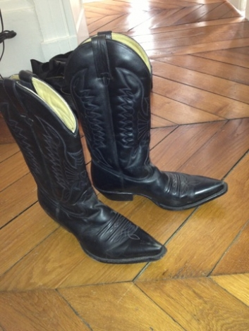 santiags bottes cowboy mexicana 40 noir vendu par nina 43102961 1666963. Black Bedroom Furniture Sets. Home Design Ideas